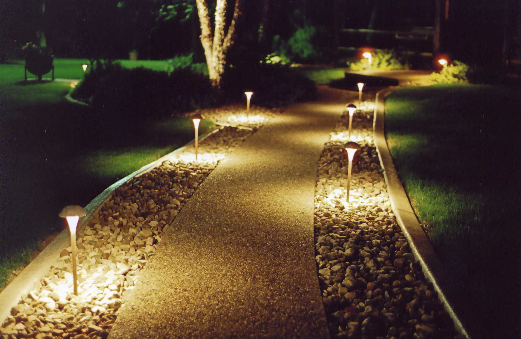 Path and Garden lighting-Lakeland FL Outdoor Lighting Installers-We Offer Outdoor Lighting Services, Landscape Lighting, Low Voltage Lighting, Outdoor LED landscape Lighting, Holiday Lighting, Christmas Lighting, Tree Lighting, Canopy Lighting, Residential outdoor Lighting, Commercial outdoor Lighting, Safety Lighting, Path and Garden Lighting, Mini lights and flood lights, Landscape Lighting installation, Outdoor spot lights, Outdoor LED garden Lighting, Dock Lighting, Accent lights, Deck and patio lights, Security lights, Underwater Lighting, Tree upLighting, Outdoor Lighting repair services, and more.
