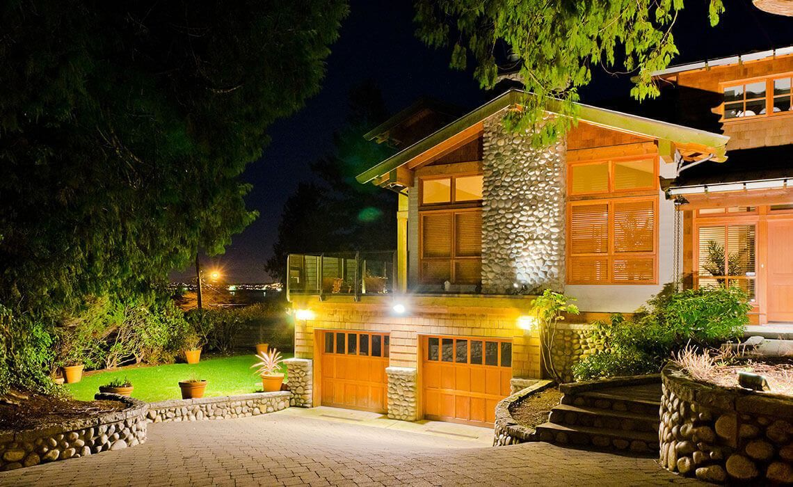 Residential outdoor lighting-Lakeland FL Outdoor Lighting Installers-We Offer Outdoor Lighting Services, Landscape Lighting, Low Voltage Lighting, Outdoor LED landscape Lighting, Holiday Lighting, Christmas Lighting, Tree Lighting, Canopy Lighting, Residential outdoor Lighting, Commercial outdoor Lighting, Safety Lighting, Path and Garden Lighting, Mini lights and flood lights, Landscape Lighting installation, Outdoor spot lights, Outdoor LED garden Lighting, Dock Lighting, Accent lights, Deck and patio lights, Security lights, Underwater Lighting, Tree upLighting, Outdoor Lighting repair services, and more.